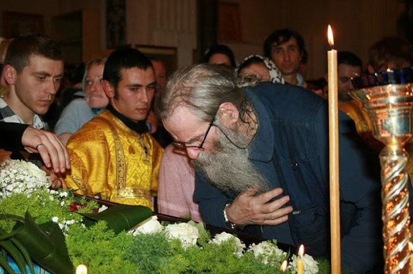 Посещение чудотворной мироточивой иконой «Умягчение злых сердец» Северной Италии