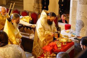 Преосвященнейший Лонгин, Епископ Банченский, на Свято-Амвросиевском приходе