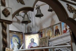 Богослужение в Неделю Крестопоклонную