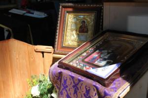 Богослужение в Великий Четверг на Свято-Амвросиевском приходе