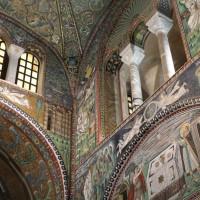 Мозаики церкви Сан Витале